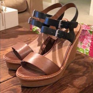 MOSSIMO black and brown wedges
